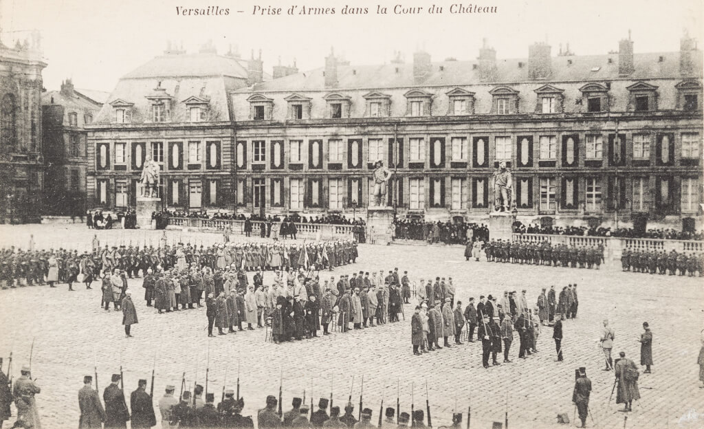 Carnets de Versailles - Hommage aux poilus du château Sib411