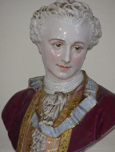 A vendre: Louis XVI et Marie Antoinette - Page 6 Zvale213