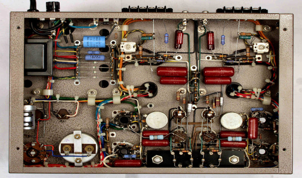 Amplificadores Fisher? 8b-2-610