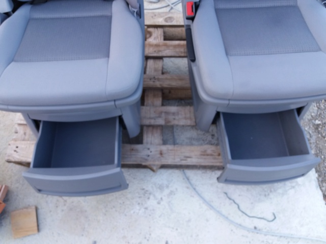 Vends 2 sièges non pivotants multivan T5 Photo_11