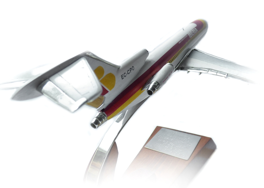 Regalos relacionados con la aviación 727-111