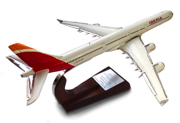Regalos relacionados con la aviación A340-110