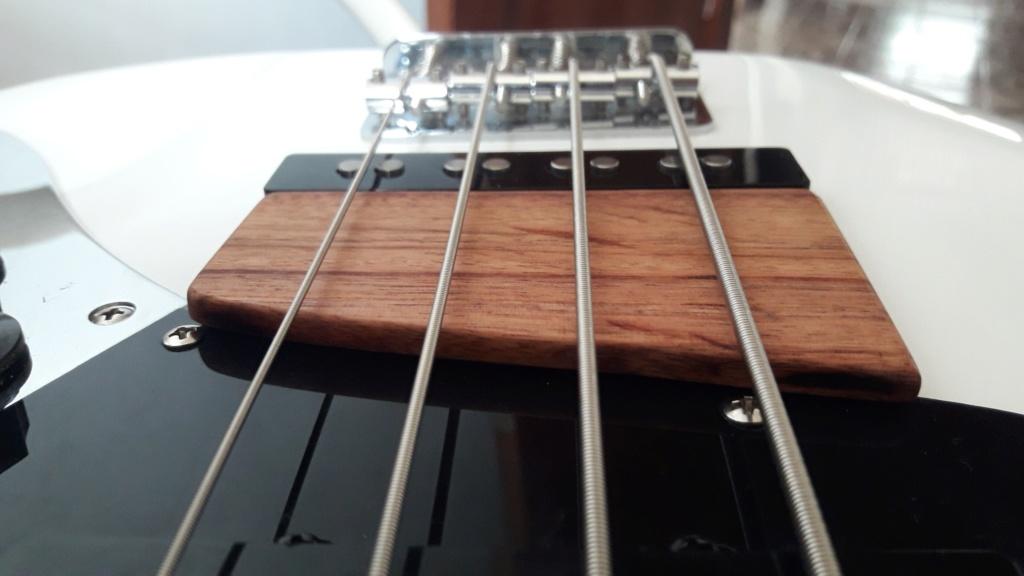 Meia Rampa pro jazz bass 811