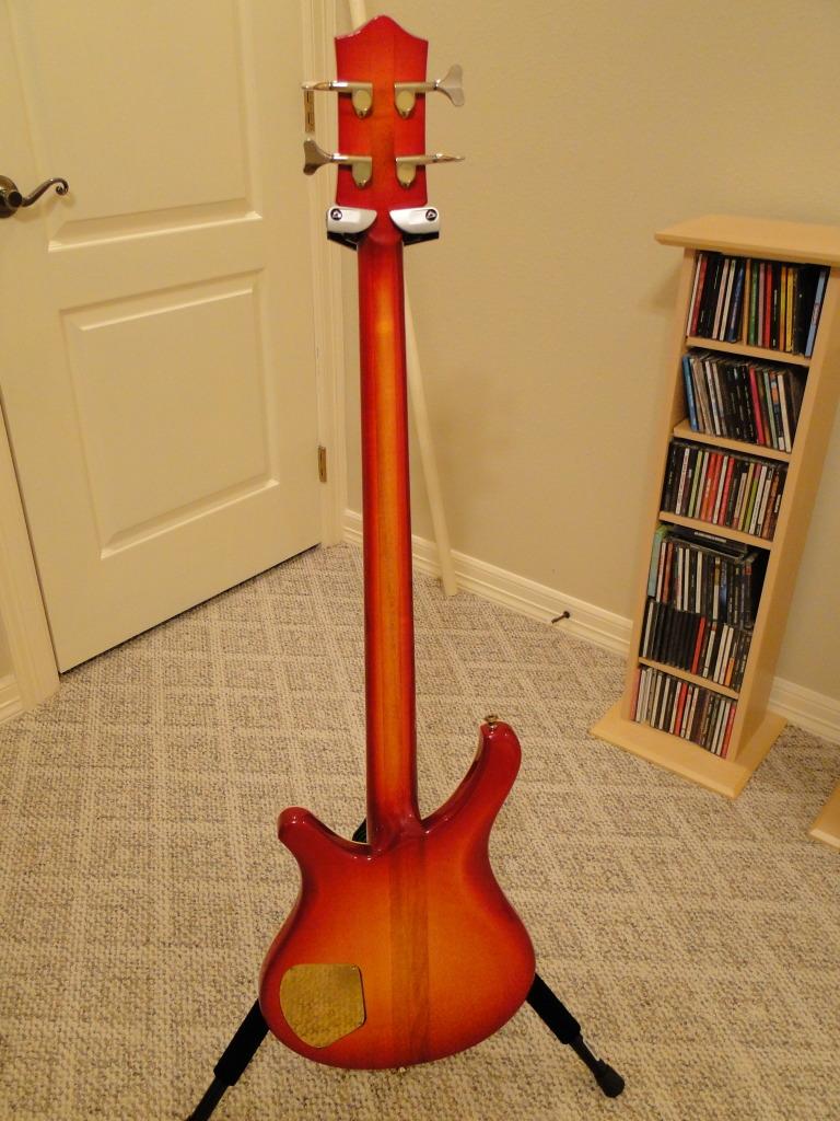 Odyssey Bass. Od210