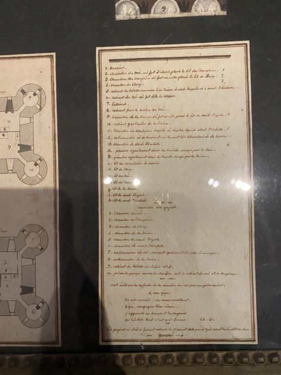 Les papiers peints de la prison du Temple - Page 2 25d9af10