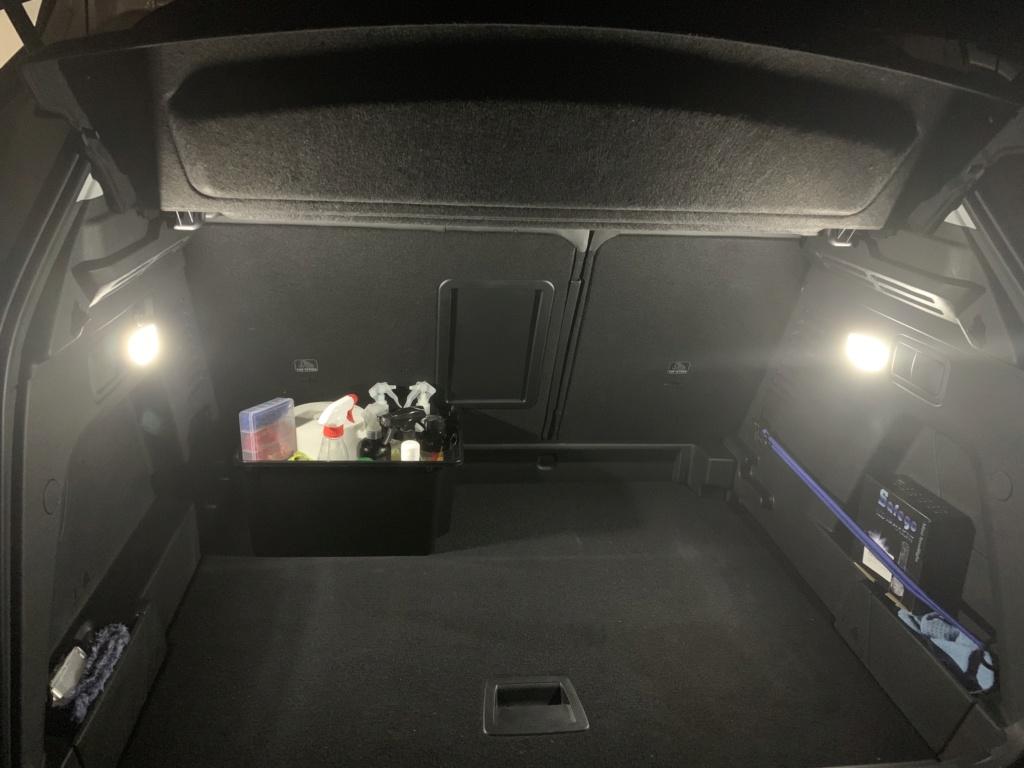 luces maletero Iqyle310