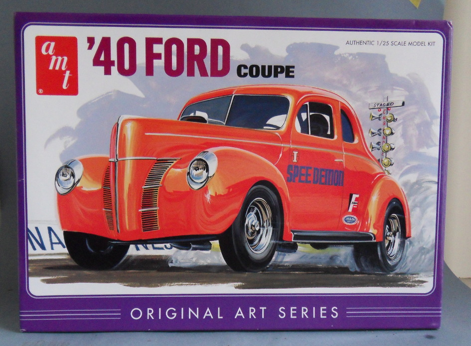 [AMT] Ford coupé 1940 1:25 Kit_am11