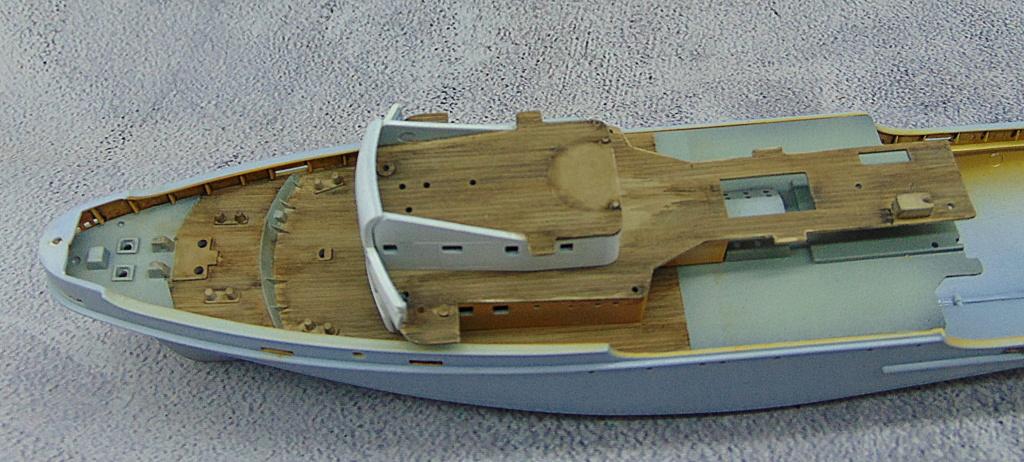 Remorqueur JEAN BART port d attache lagaffe92 1/200ème  Réf 80602 - Page 2 Pont_a13