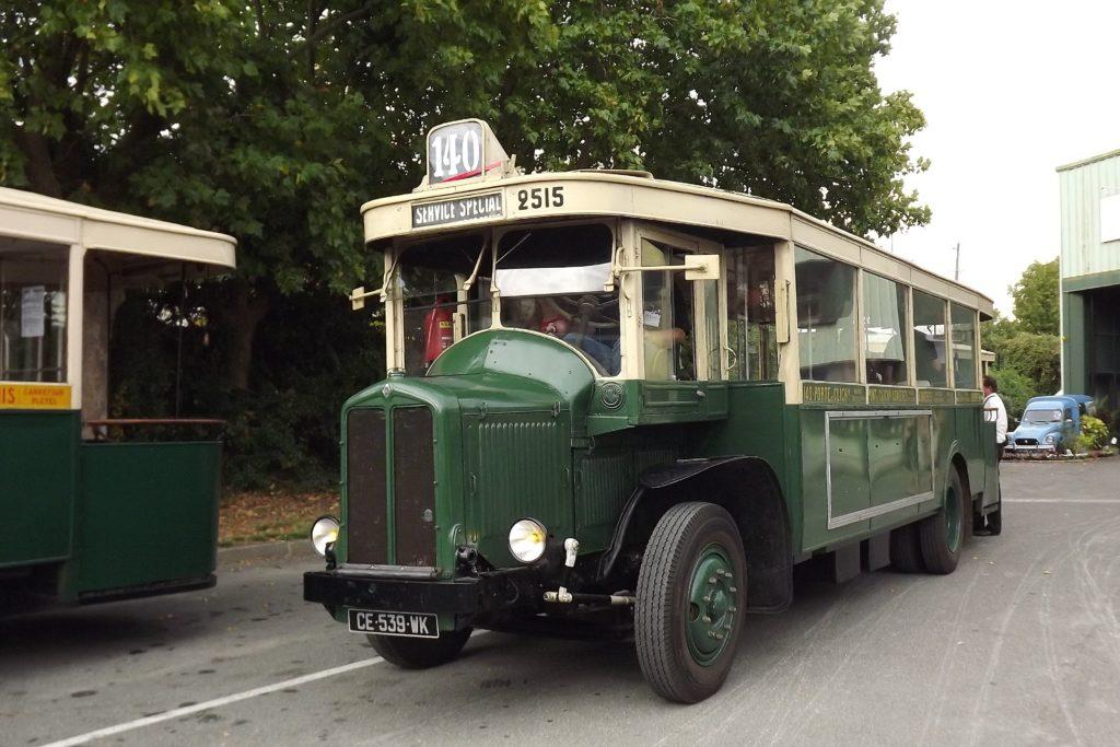 Autobus TN6C2 1/24° réf. 80789 Renaul12