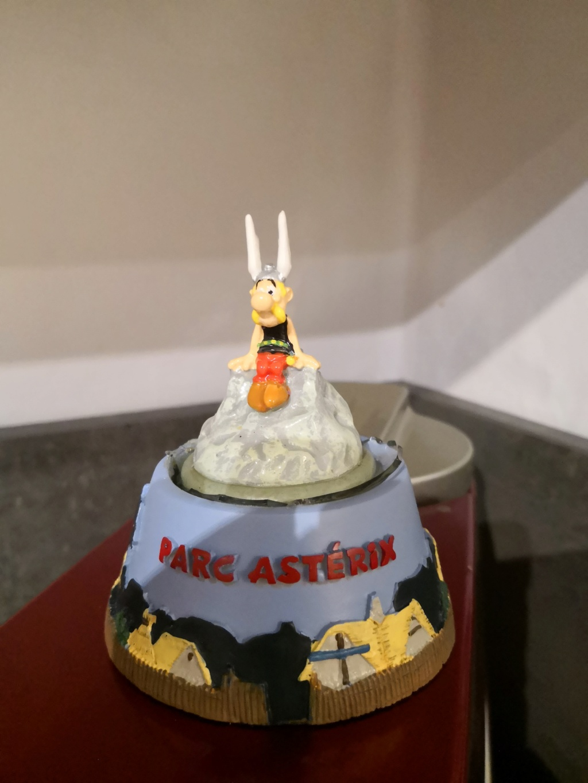 Boule neige Asterix  15377310