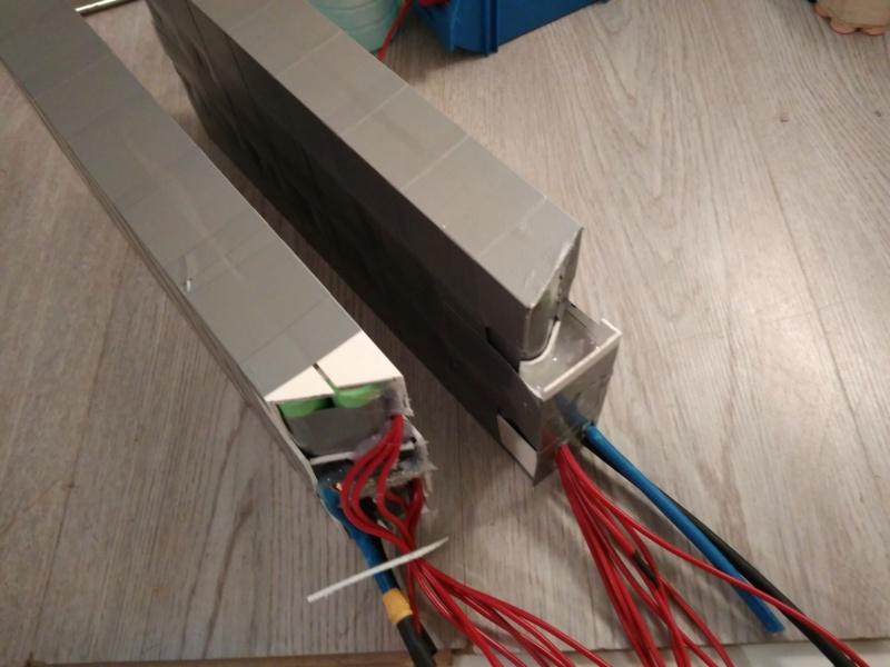 Proyecto con Cyclone 3000W, paquete de baterías casero y electrónica. Img_2010