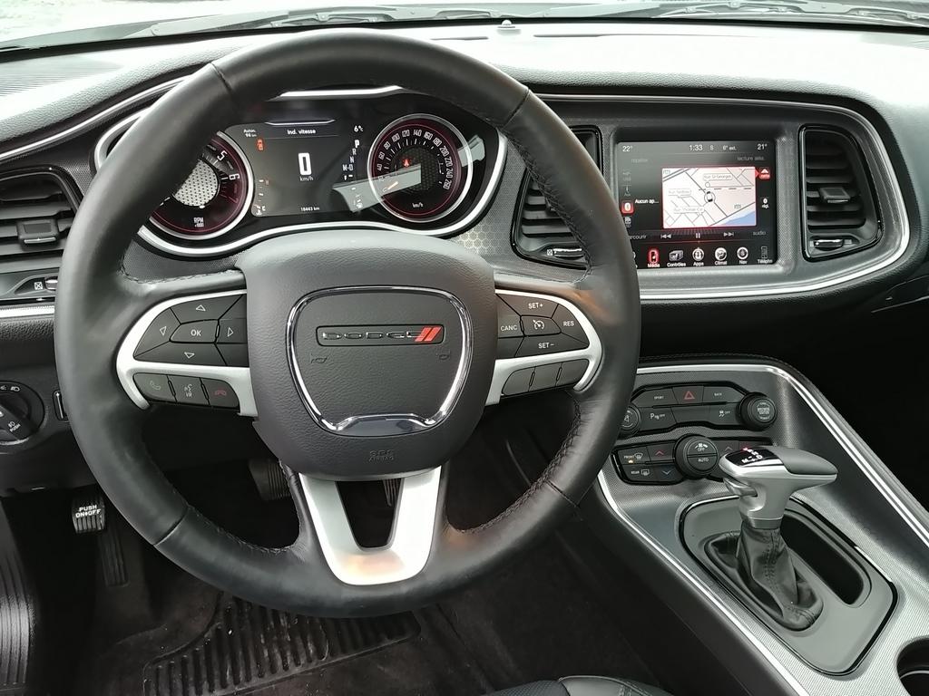 Challenger SXT Plus 2016 V10