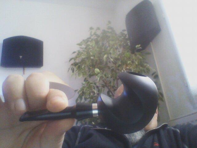Le 4 février, on fume ou on chique pour fêter Véronique.  Webcam85
