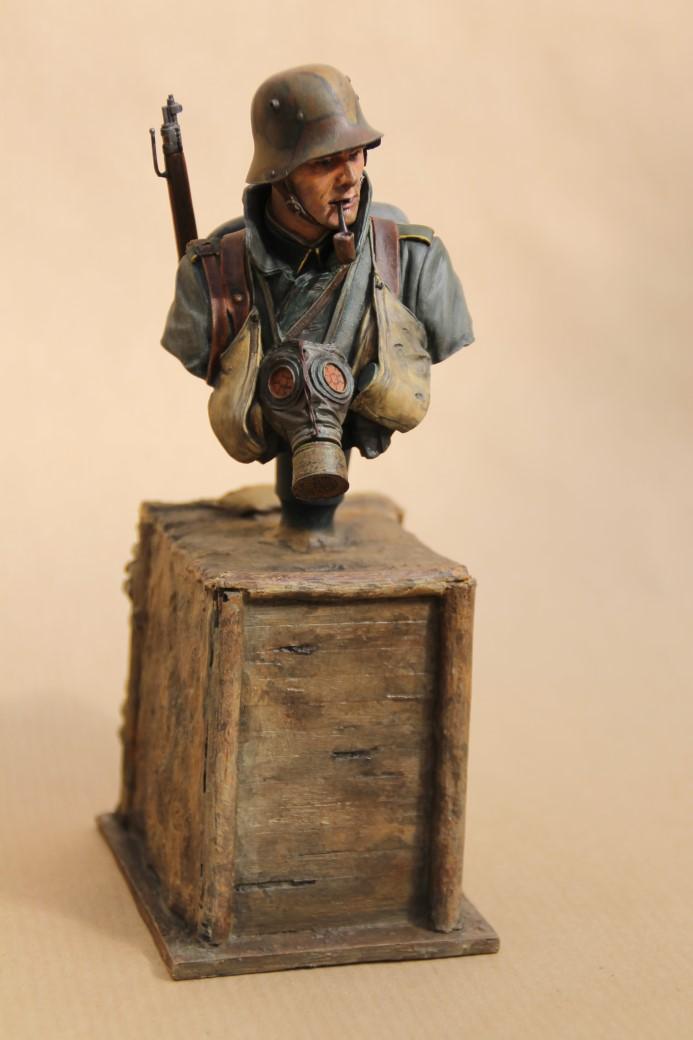 German Stormtrooper WW1 von Young Miniatures in 1:10 Wk1-110