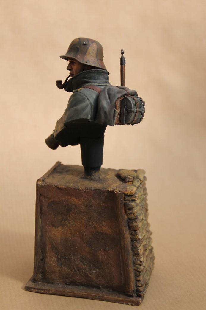 German Stormtrooper WW1 von Young Miniatures in 1:10 Wk1-1b10