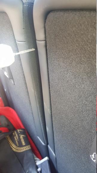 Reclinación asientos traseros 20200211