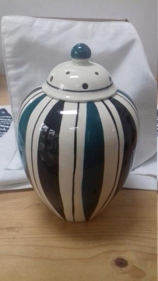 Geoffrey Maund Pottery Ltd. 15697413