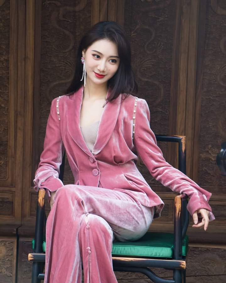 Li Peishan (CHINA PR 2019) 75392610