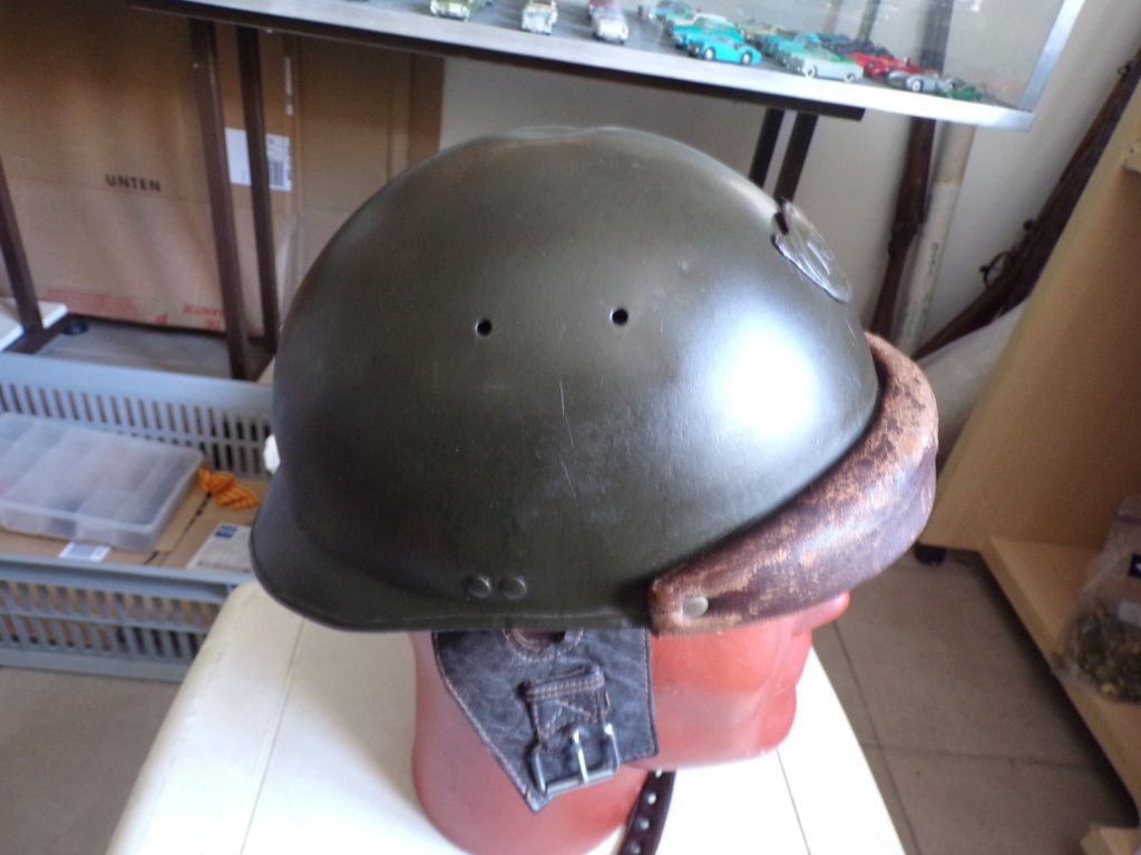 Casque Adrian mdl 35/40 Chasseur 101_1915
