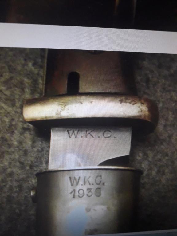 Baïonnette allemande ww2 fabrication privée WKC, plaquette bakélite rouge 20210511