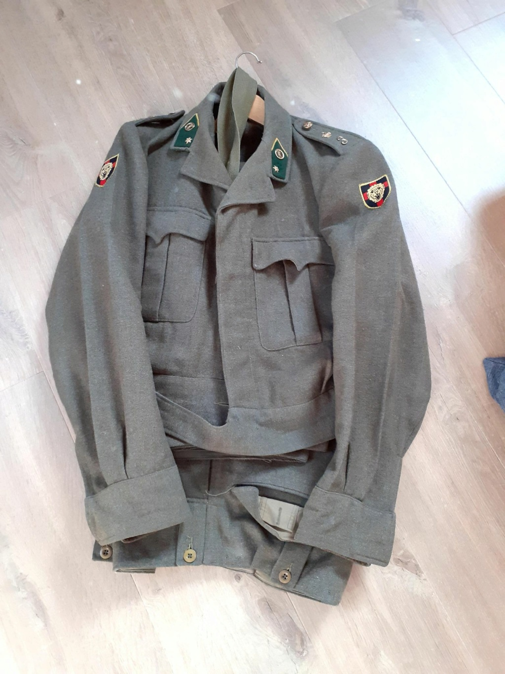 The battledress in use by the Belgian army (1945-1979) 12384910