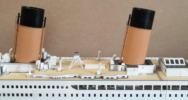 RMS Titanic (Trumpeter 1/200°) de LE BARBENCHON - Page 15 20210810