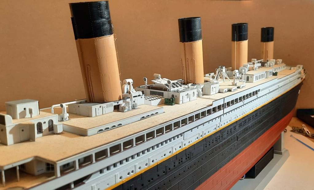RMS Titanic (Trumpeter 1/200°) de LE BARBENCHON - Page 15 20210824