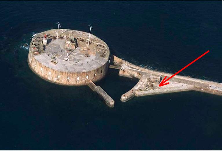 Documentation et modélisation du Fort de L'Ouest, grande rade, Cherbourg Captur24
