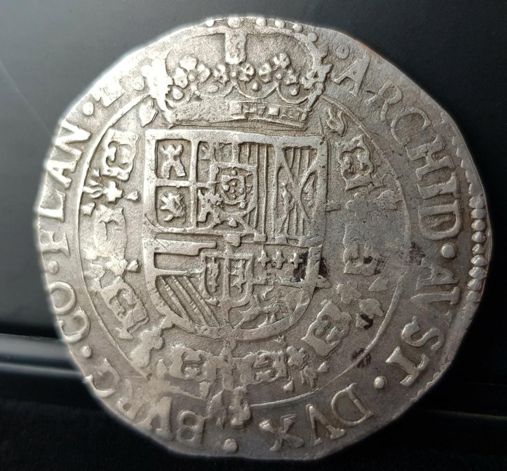Carlos II. 1 patagón de 1687 de Brujas con los dos I del ordinal unidos 20201126