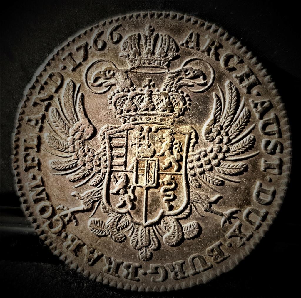 1 Kronenthaler Austro Holandés de 1766 de Maria Theresia 20210333