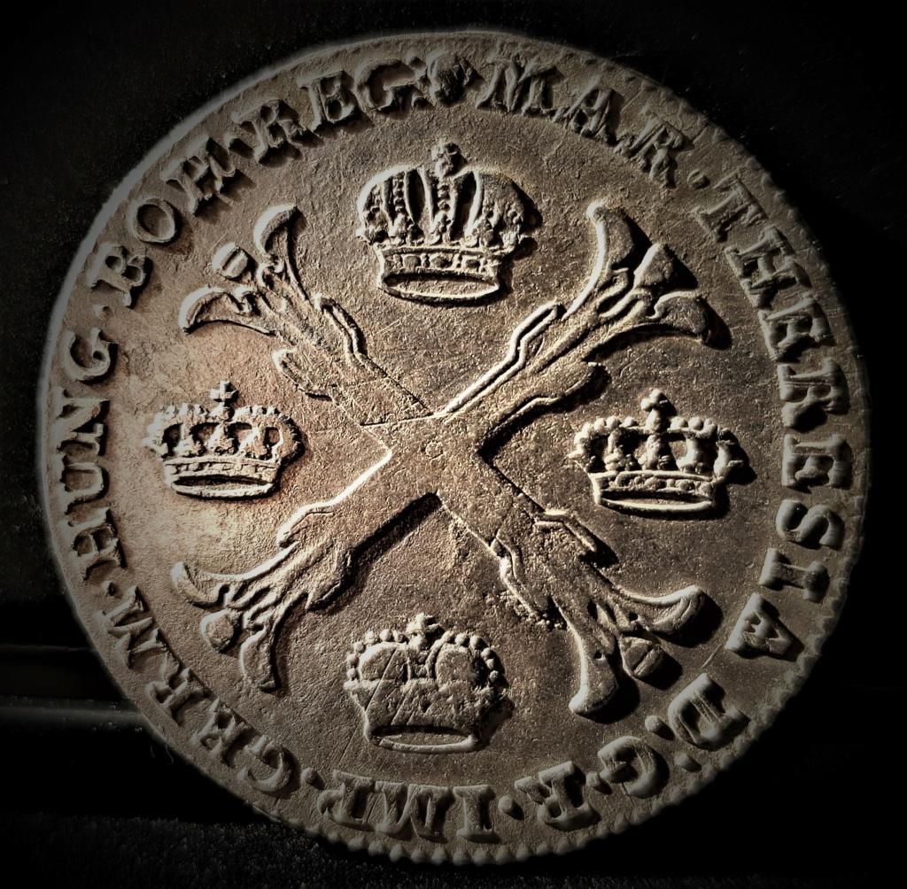 1 Kronenthaler Austro Holandés de 1766 de Maria Theresia 20210334