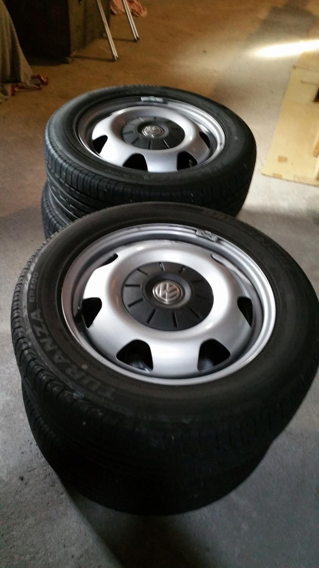 A vendre 4 roues T6 acier T6_17_10