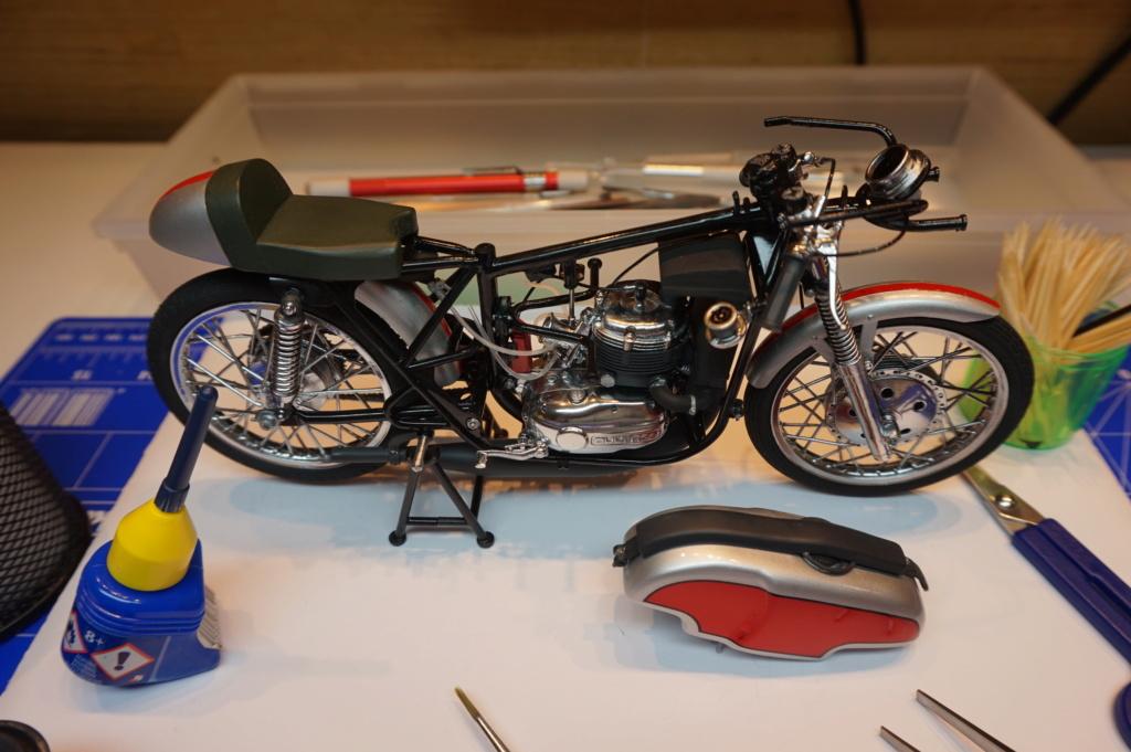 Bultaco GP 175 - Pájaro Loco - Página 2 Dsc00810