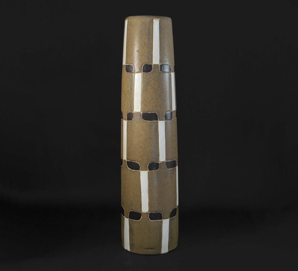 Tall Brown Cylinder Grid Pattern Ceramic Vase (something or nothing?) Dsc_0010