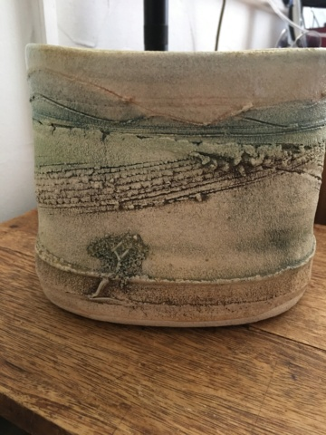 Help with impressed HM or WH mark on oval pot - White House Pots, Cumbria  9c996c10