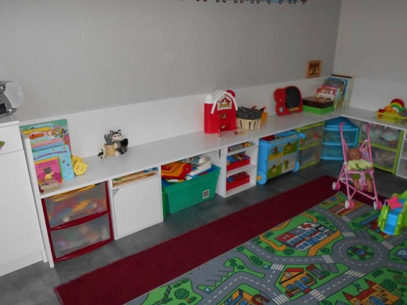 Salle de jeux  chez l'assistante maternelle 12047111