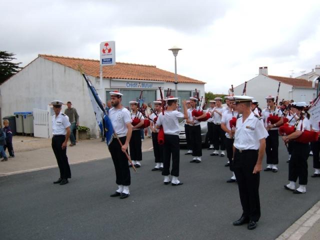 [La musique dans la Marine] Bagad de Lann-Bihoué - Page 3 Dscf3810