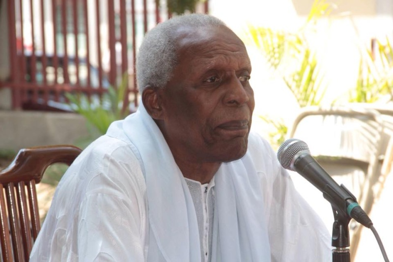 Max Beauvoir, est décédé ce midi à Port-au-Prince. 12004910