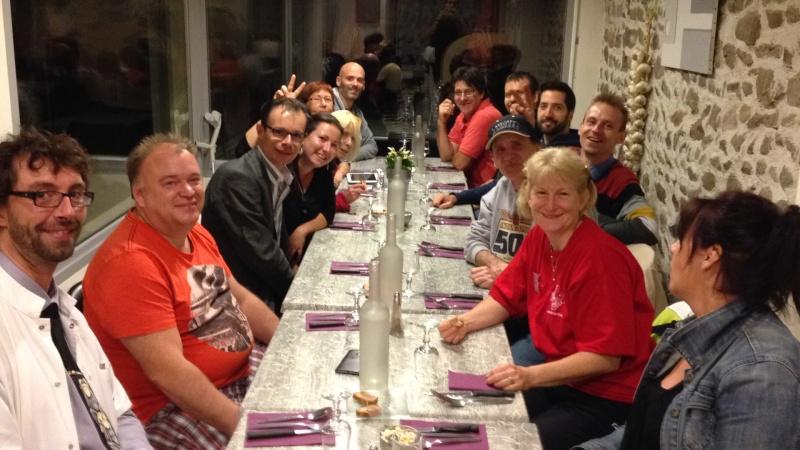 Show betta 2015 Auvergne Betta Club. Apres concours Chatel  Img_1211