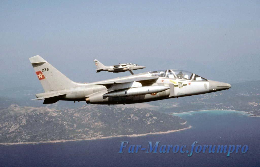 FRA: Photos avions d'entrainement et anti insurrection - Page 5 Clipbo28