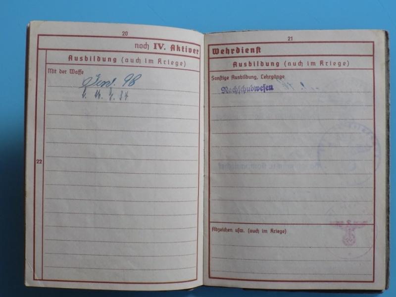 Vos livrets militaires allemands WWII (Soldbuch, Wehrpass..) / Heer-LW-KM-SS... - Page 2 Dscn3319