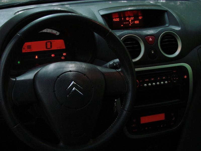 C3 X-TR. toutes options.... ( 2005 ) Dsc08010