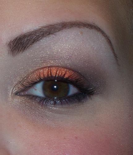 Idée de maquillage - Page 8 29596910