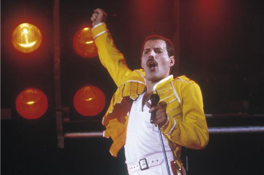 Freddie Mercury Wemble11