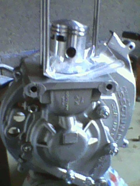 (Projet cadre) + moteur FULL MALOSSI , Réfection moteur - Page 39 Dsc_0010