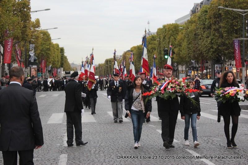 Cérémonie Drakkar 2015 remontée des Champs Elysées et cérémonie sous l'Arche Immense 071-im10