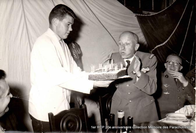 20e anniversaire de la création du 1er RCP Pau mai 1963 2-1er_10