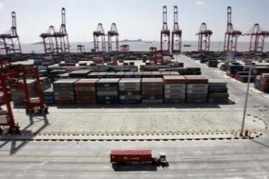 La Chine où souffle désormais un vent de protectionnisme ... Port_d10