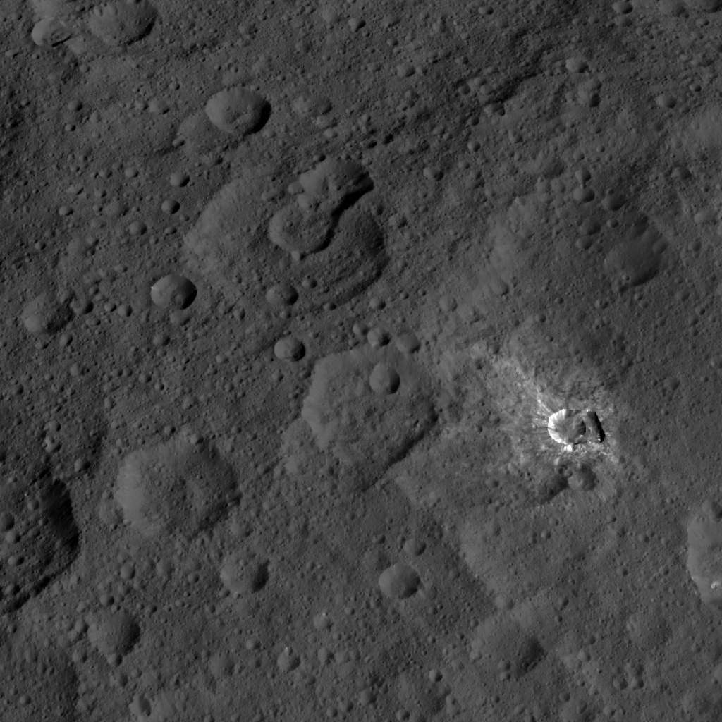 Mission Dawn/Ceres - Page 3 Pia19912