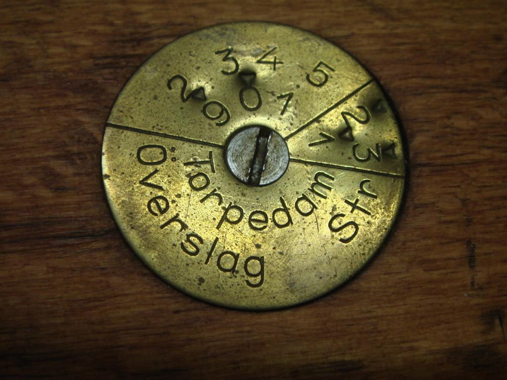 Déchiffrement d'une plaque régimentaire AG42b Dsc03125